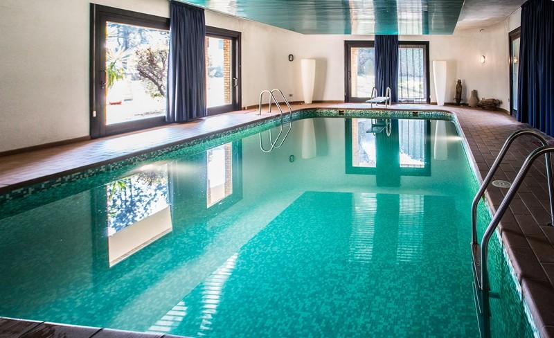 Camere e appartamenti con piscina riscaldata - Appartamenti con piscina ...